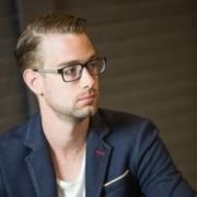 Gerjan van der Giessen van Lucrasoft praat over zijn samenwerking met NOBLY Authentieke Communicatie & Creatie