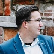 Leonard Boender van JOUW! administratie geeft een testimonial over NOBLY Authentieke Communicatie & Creatie